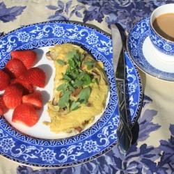 Paleo/Primal Purslane Omelet Breakfast