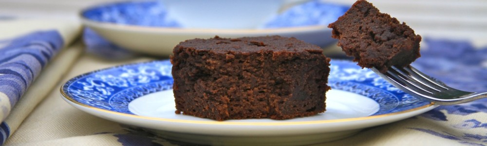 chocolate snack cake - header