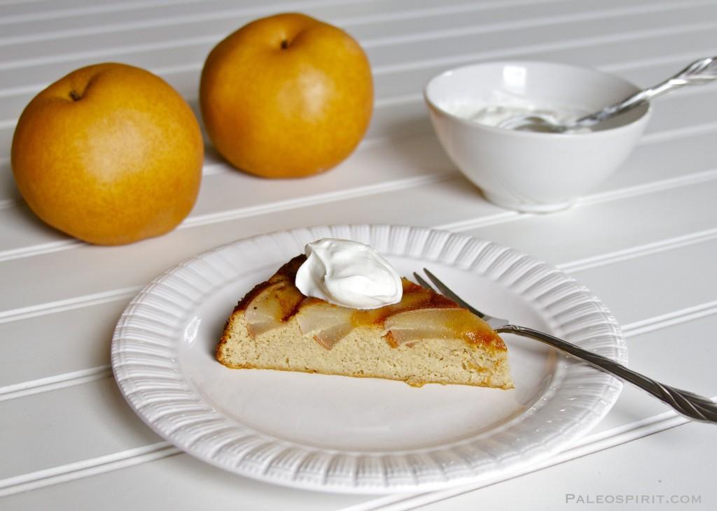 flaugnarde slice with yogurt