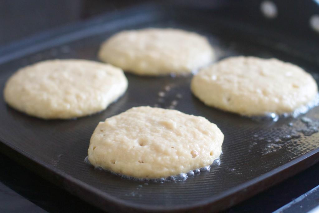 paleo pancakes cooking