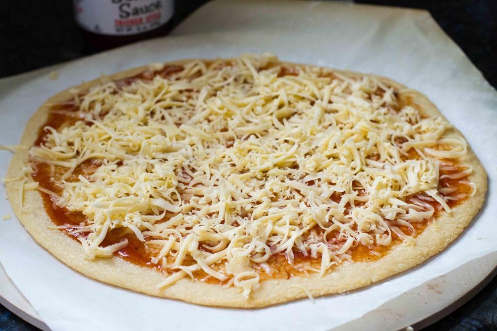 Paleo Pizza with BBQ Sauce and Cheese | Paleo Spirit