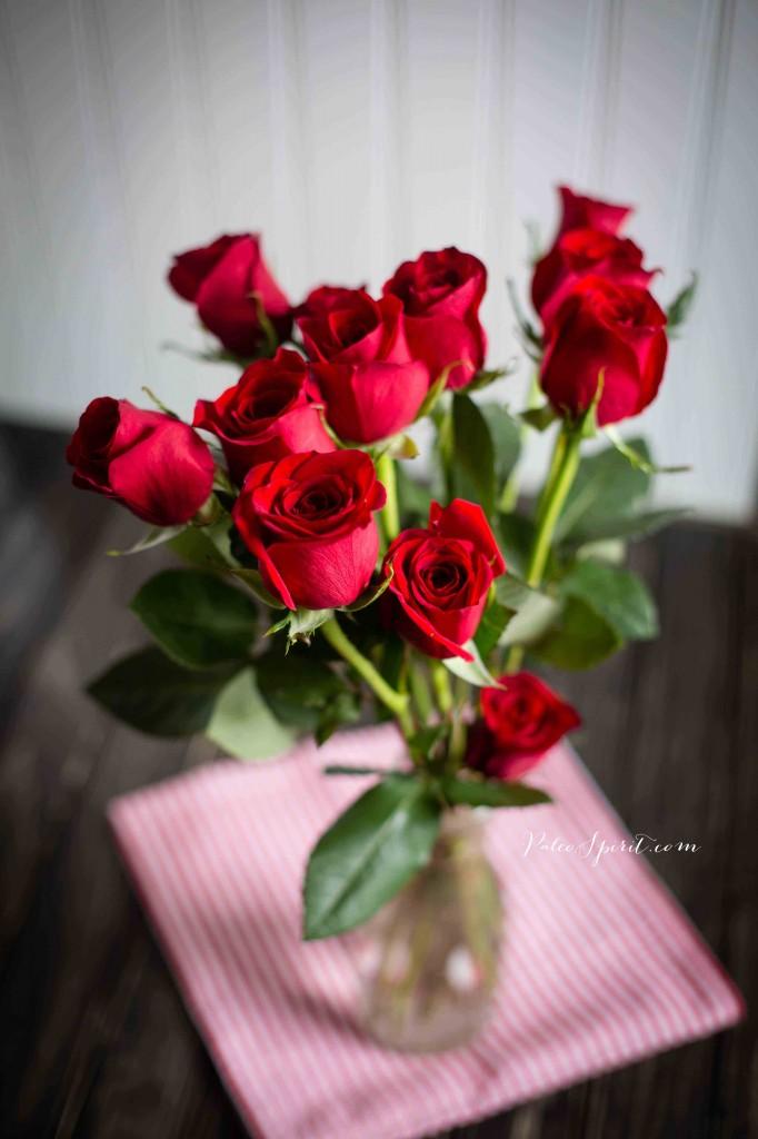 Dozen Roses | Photo by Lea Valle