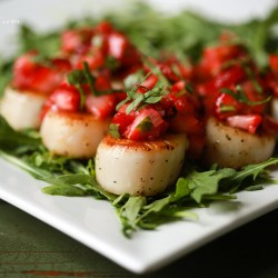 A March Snow and a Recipe: Seared Scallops with Strawberry Relish