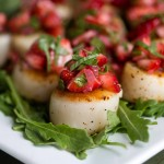 Scallops and Strawberry Relish | PaleoSpirit