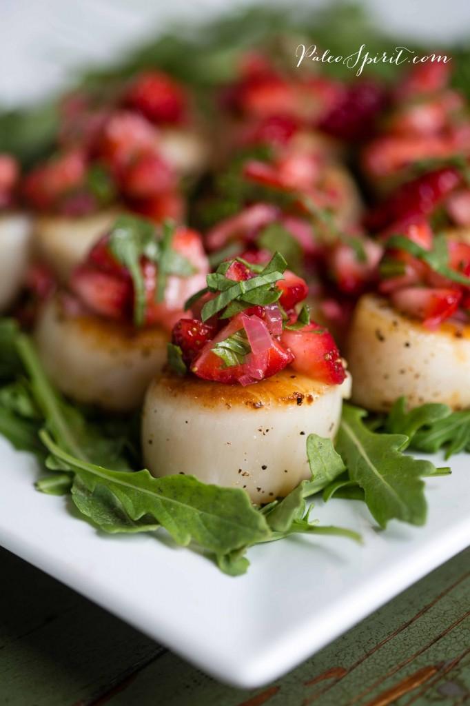 Scallops and Strawberry Relish | PaleoSpirit